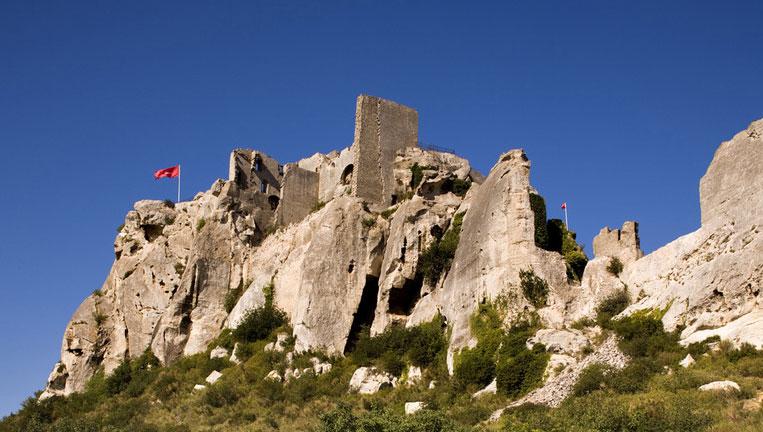 Message chateau baux - Office du tourisme des baux de provence ...